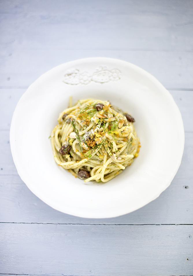 spaghetti alici e finocchietto680