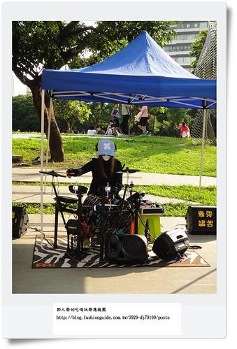 DSC02213街頭藝人打鼓1