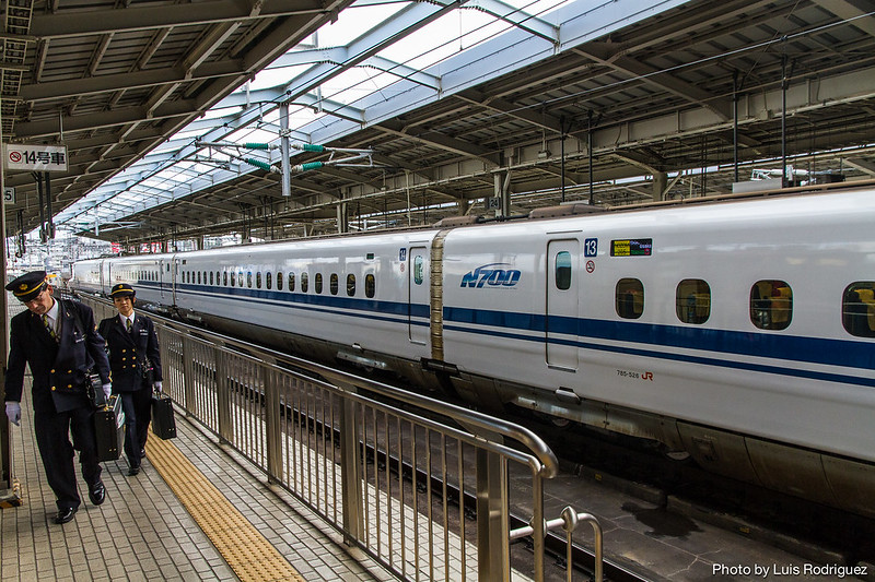 Uno de los primeros N700, visto en 2007 en la estación de Okayama