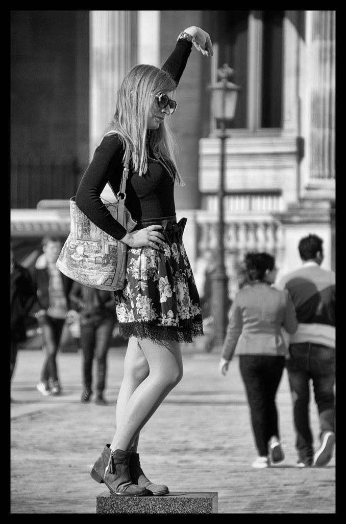 Jolie touriste en pose