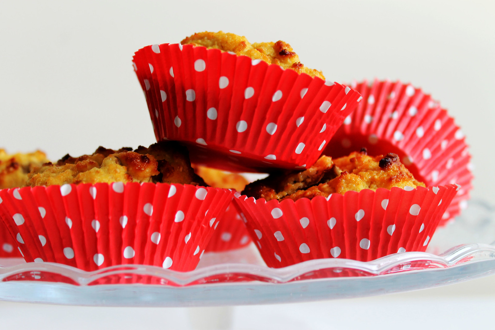 rhubarb and ginger muffins