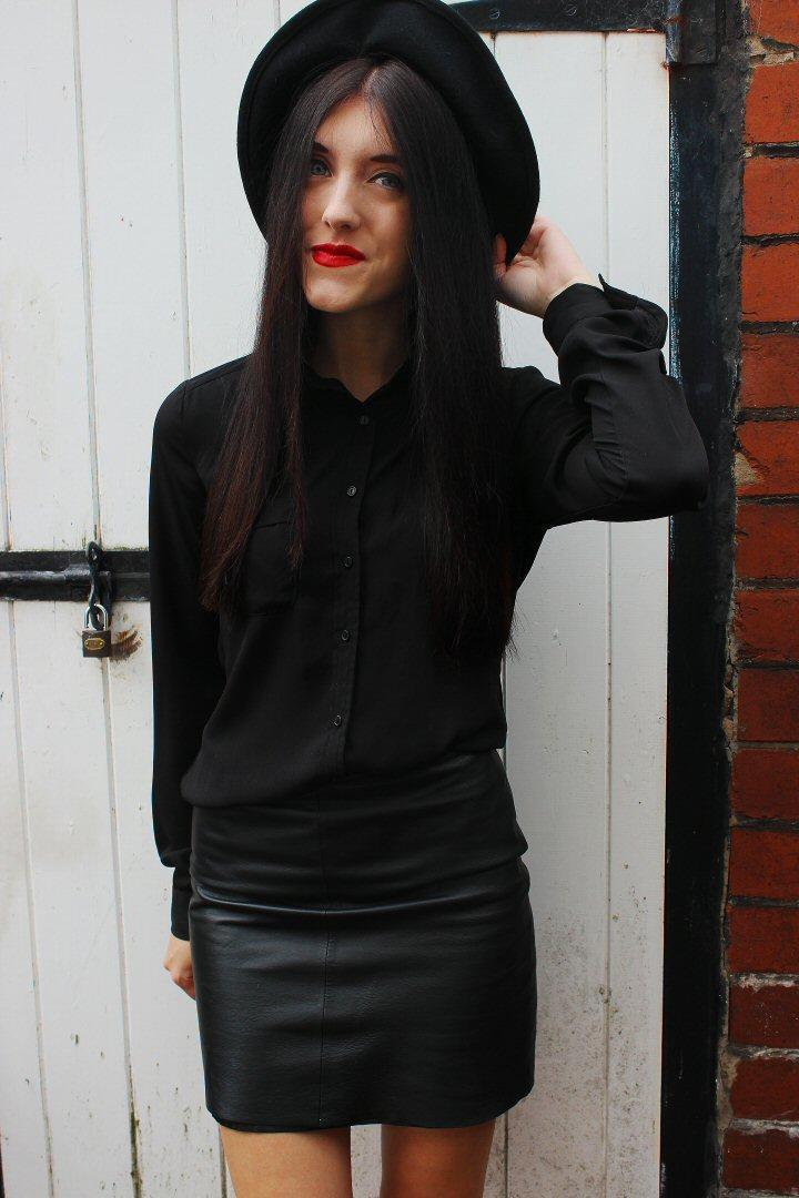 leatherblog2
