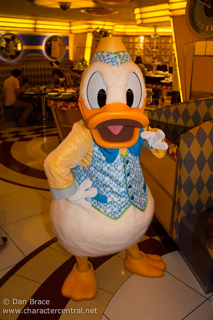 Chef mickey is a buffet service character dining restaurant located at