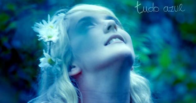 Samira Winter -- Tudo Azul (detail)