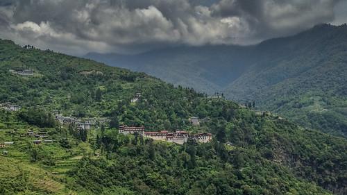 Trongsa Dzong amidst the greenery