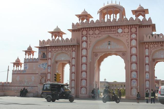 20130301_4533-Jaipur-gate