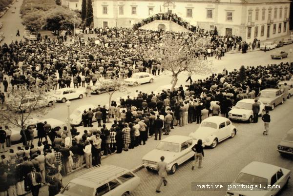 8 - 25 апреля 1974 года - революция гвоздик в Португалии - Каштелу Бранку