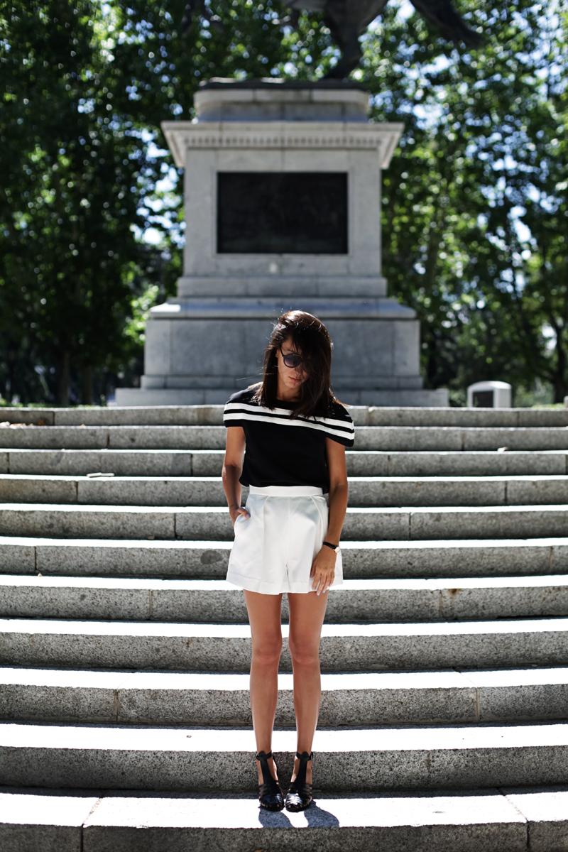 white-shorts-004