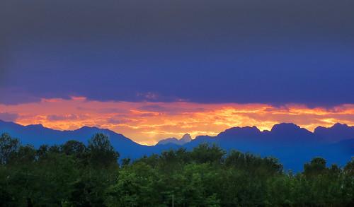 sunset italy mountains landscape countryside italia country friuli fagagna feagne