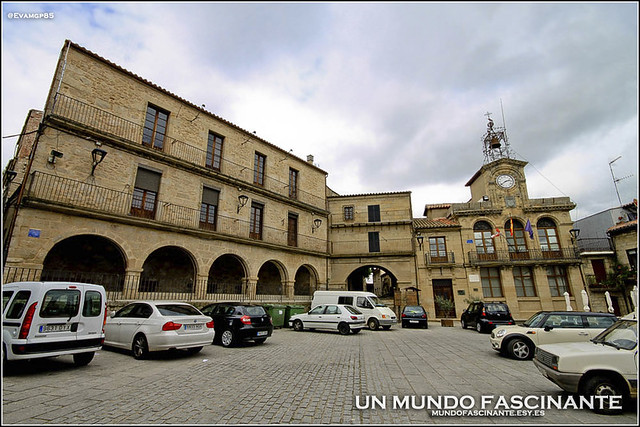 Plaza Mayor, Fermoselle.