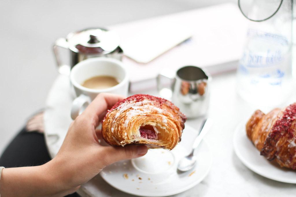 Ispahan croissant at le Schmuck-10.jpg