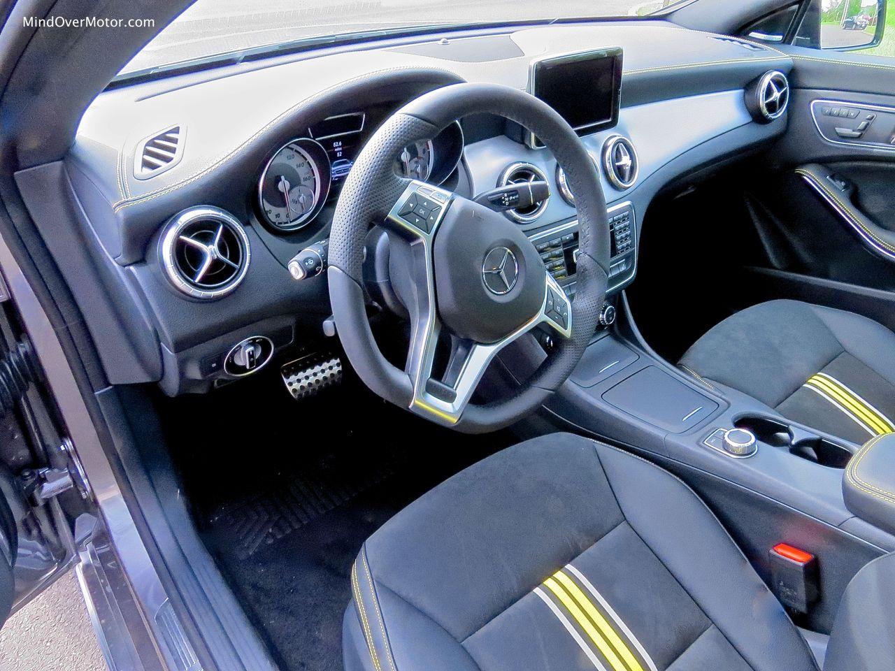 Mercedes-Benz CLA250 Driver's Seat