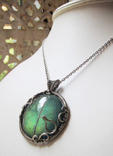 Eternal Autumn Color Changing Resin and Wire Pendant by Sihaya Designs