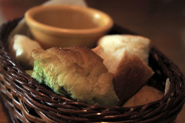 Bread & Balsamic dressing