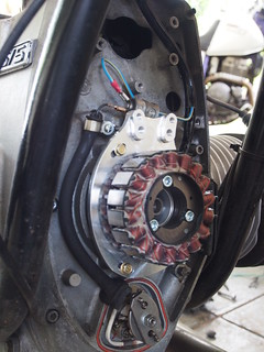Conversion of BMW R75/5 Alternator