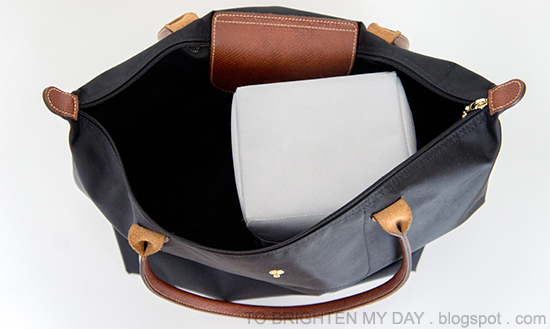 Camaroo camera insert inside Longchamp large Le Pliage