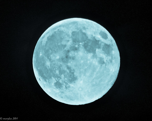 Super Moon, Blue