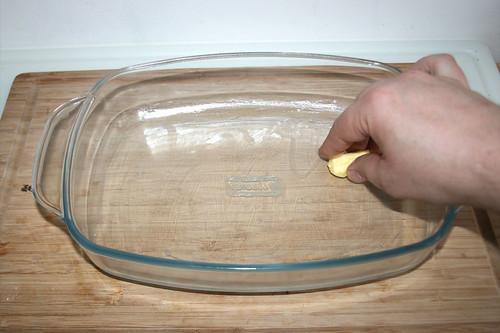 29 - Auflaufform ausfetten / Grease casserole