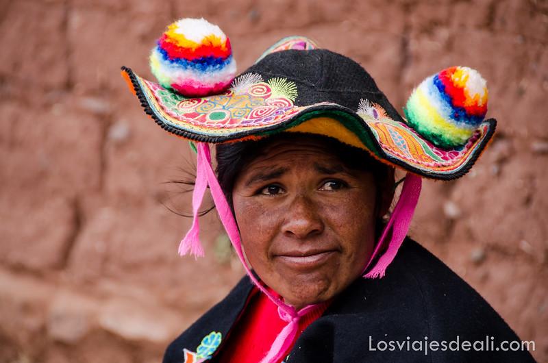 mujer de la Península de Capachica