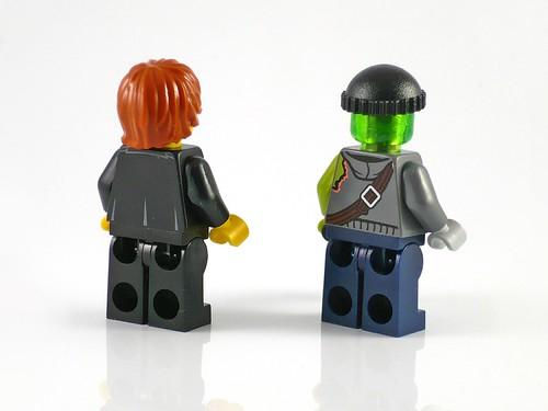 LEGO Ultra Agents 70160 Riverside Raid fig02