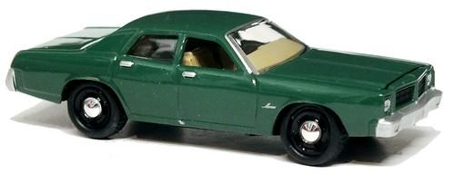 36 Johnny Lightning Dodge Monaco 1977