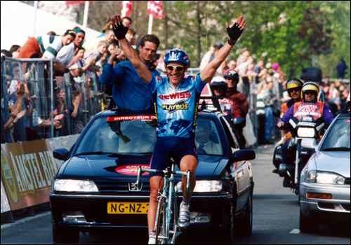 Amstel '96 - Braccia al cielo per Zanini