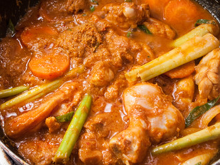 055  chicken curry with lady finger and tomato