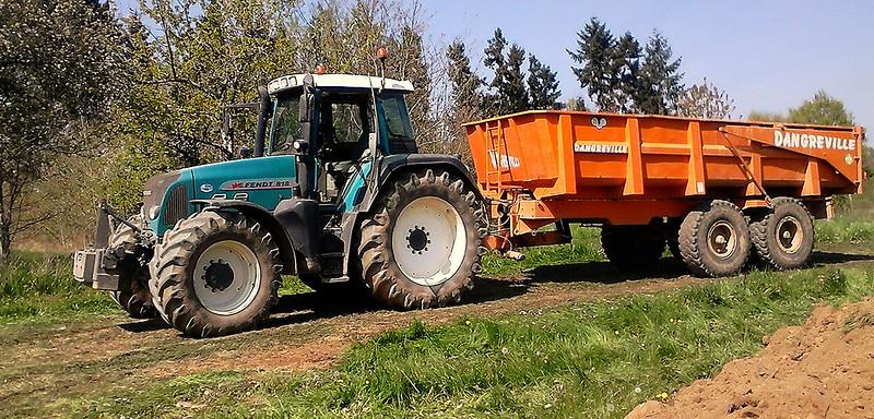 Les tracteurs dans les travaux publics tp page 48 le for Permis agricole