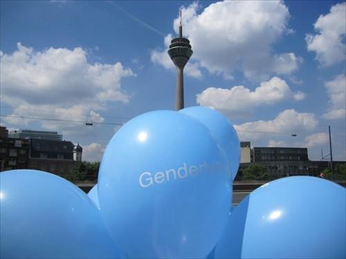 CSD Düsseldorf 2014 Gendertreff Stand 003