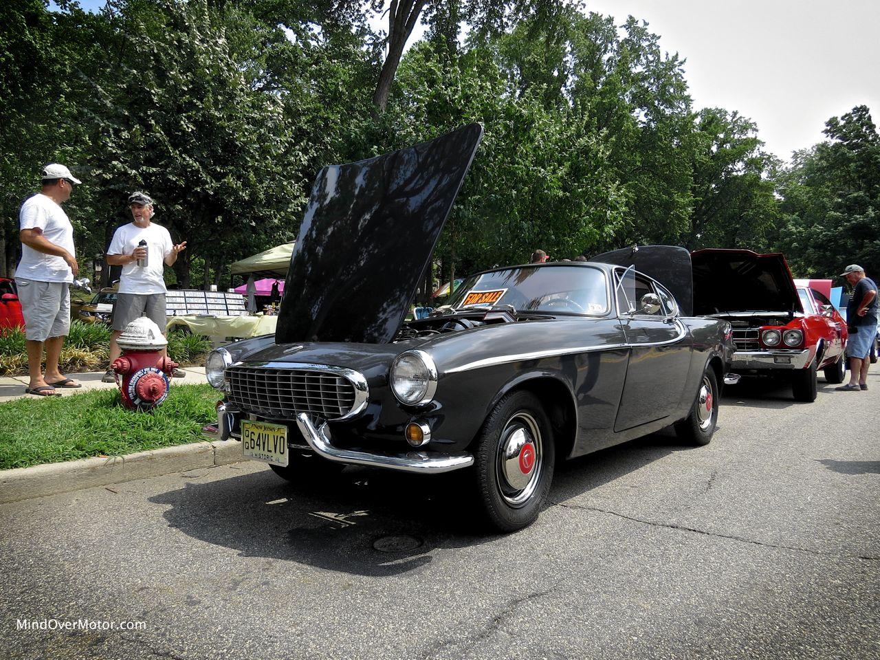 1964 Volvo P1800S Front
