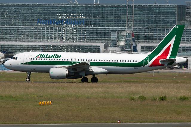 Alitalia A320-200 I-BIKD