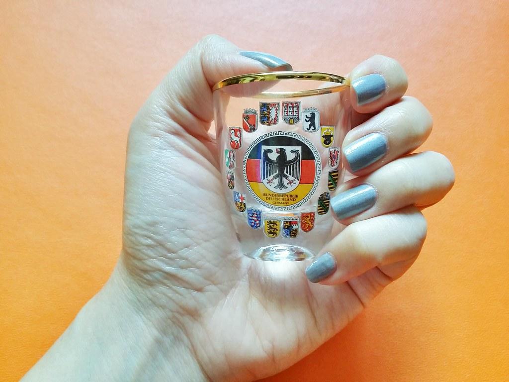 Misa-grey-nail-polish