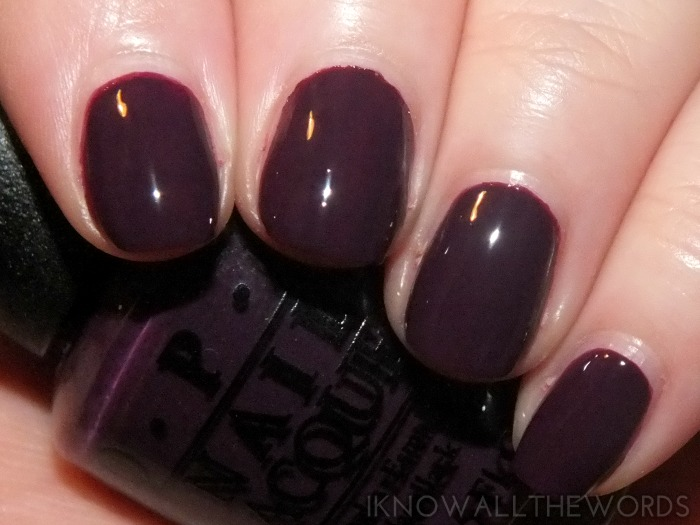 OPI Nordic collection- skating on thin ice-land  (2)