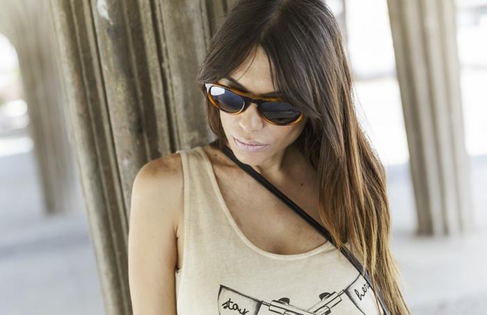 street style barbara crespo guns C&A tshirt fashion blogger outfit blog de moda