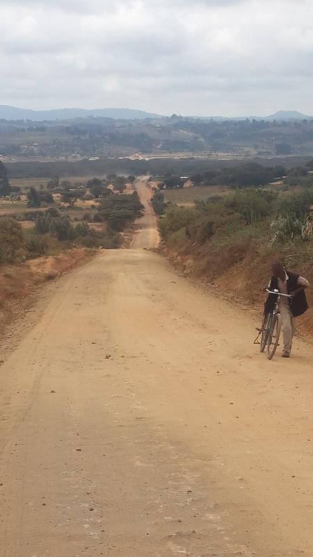 High road to Karatu