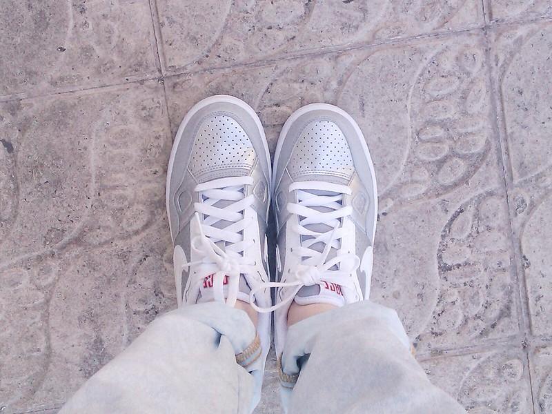 PutYourSneakersOn