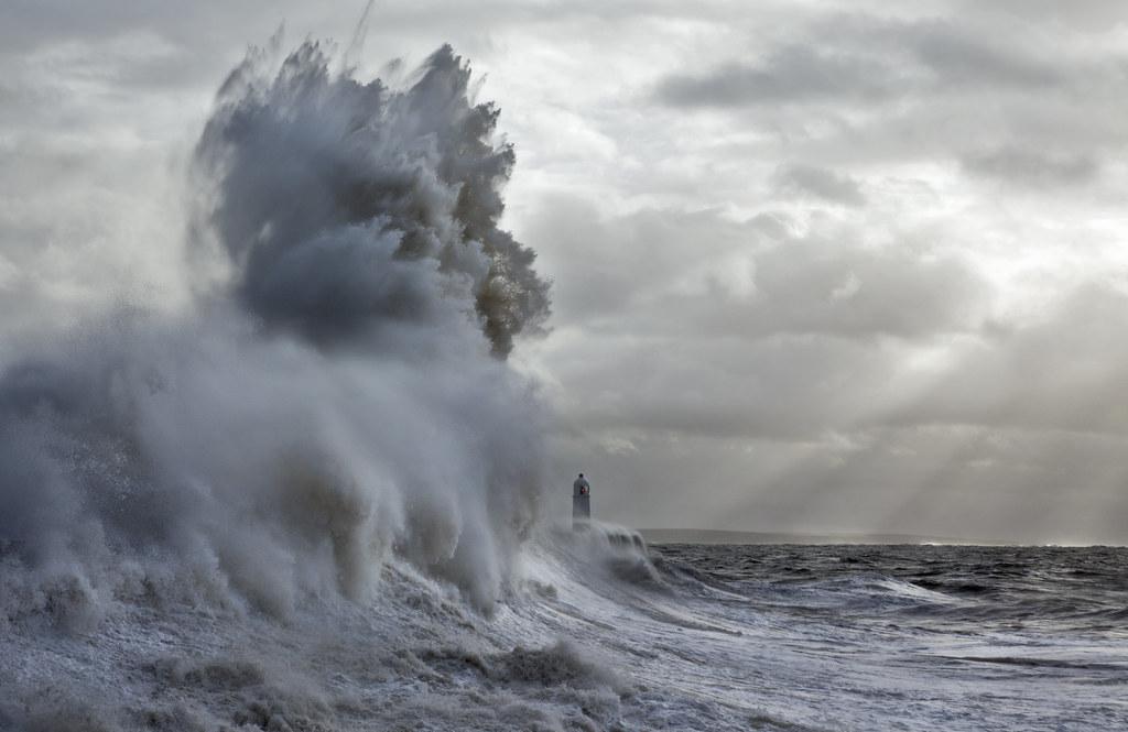 Giant Wave at Porthcawl Lighthouse