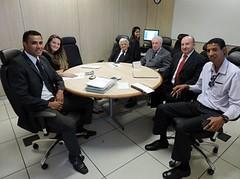 Juízes aposentados atuam como voluntários em conciliações