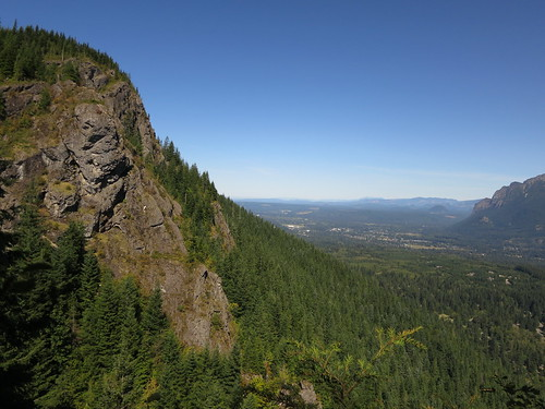 View from Rattlesnake Ledge | by vhines200