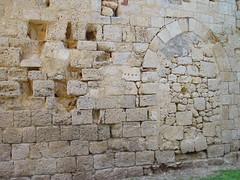 Larressingle wall 25-8-14