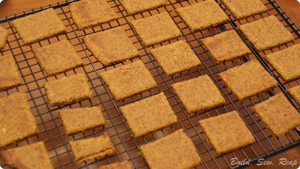 Pizza Crackers GF and Vegan