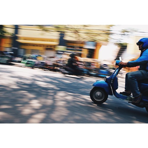 always exist anywhere #squaready #panning #streetphotography #vespa #vsco#vscocam #vscoedit #ig