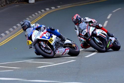 Guy Martin and Ian Hutchinson..... Closer to the Edge