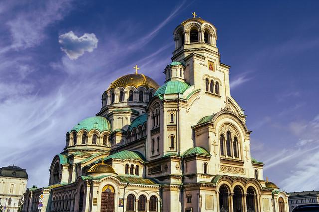 "Alexander Nevsky Cathedral, Sofia,Alexander Nevsky Cathedral (Bulgaria) or Cathedral Saint Aleksandar Nevski (in Bulgarian: Храм-паметник ""Свети Александър Невски)"