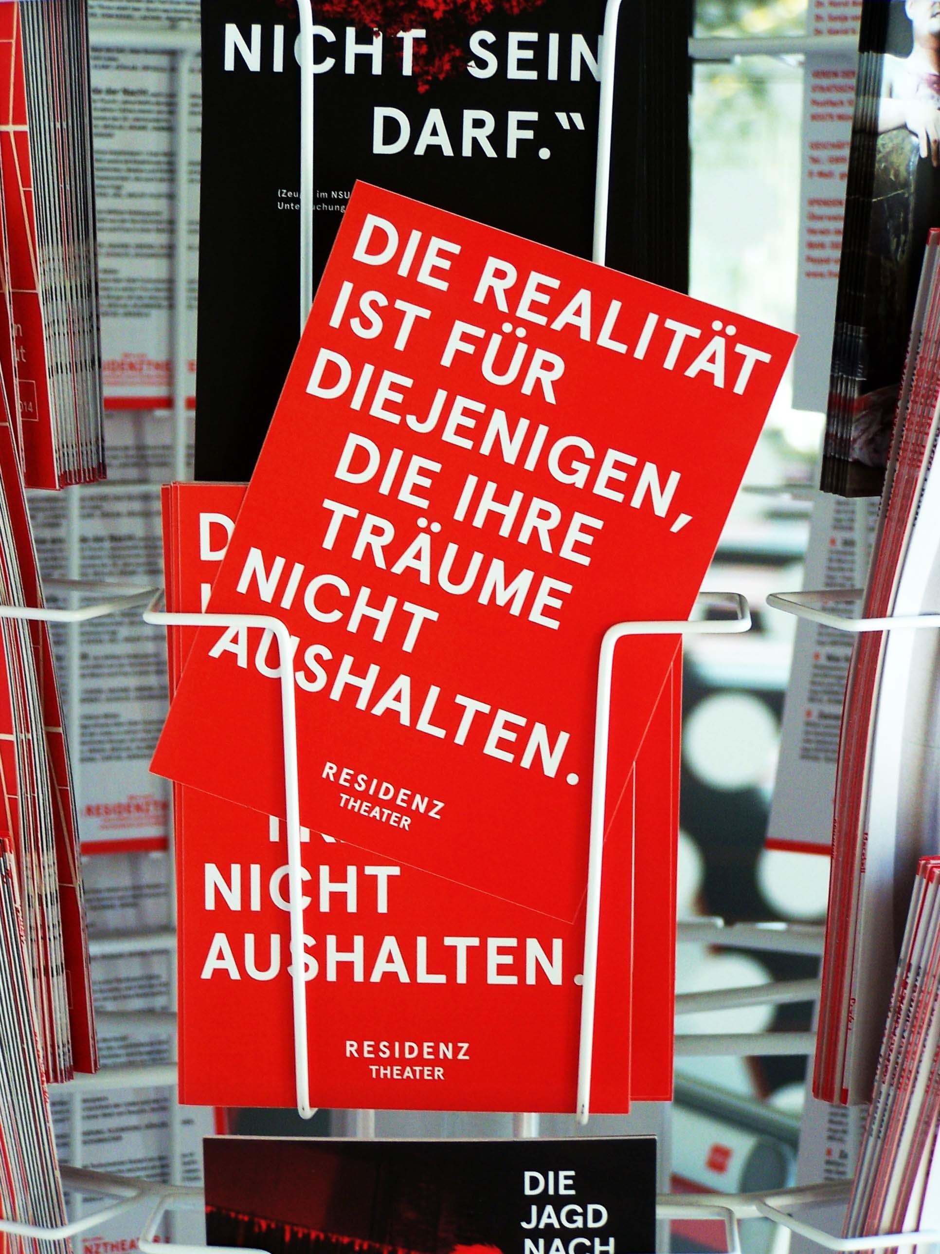 Die Realität ist für diejenigen, die ihre Träume nicht aushalten, Faust am Residenztheater München, Juni 2014