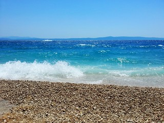 Image of Пляж Алга Beach with pebbles.