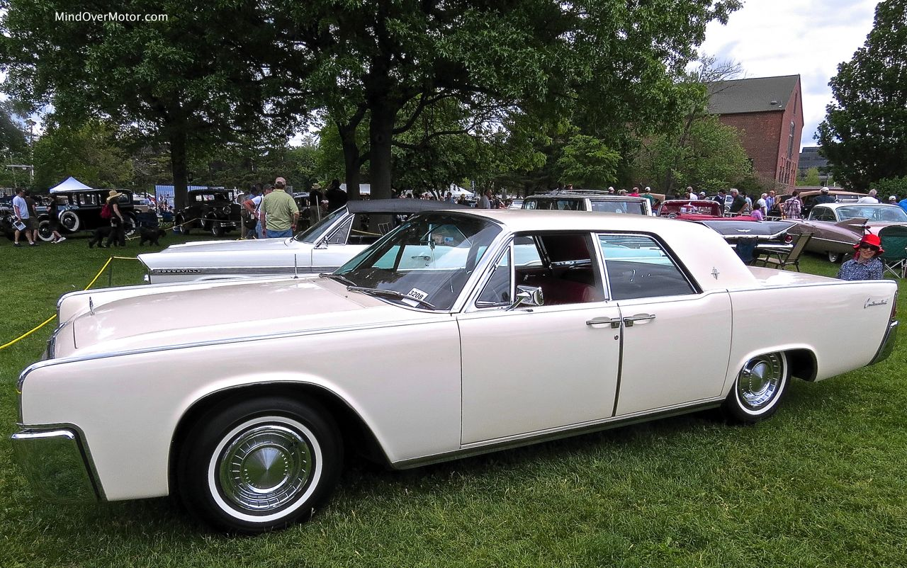 Lincoln Continental Sedan Profile