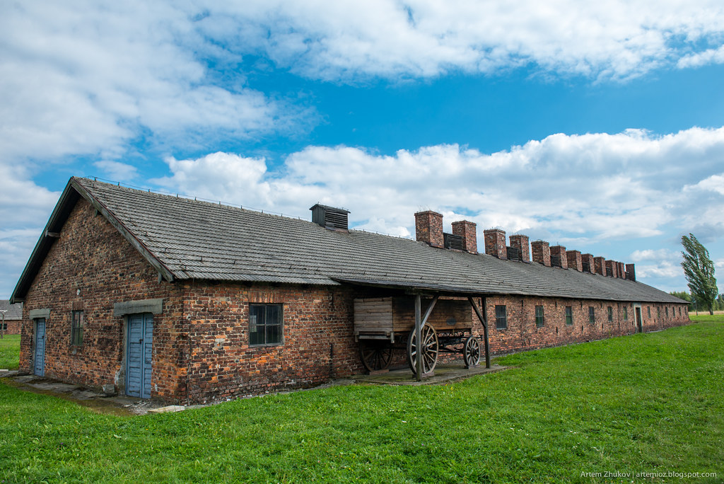 Auschwitz II–Birkenau-22.jpg