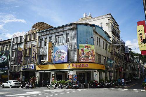 高雄-丹丹漢堡-西子灣店-麵線羹-炸雞 (24)