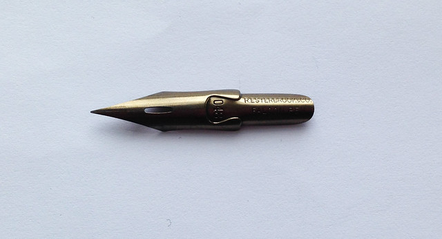 Review: sn^2 Paper For Smooth & Sharp Nibs Falcon 048